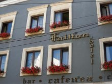 Hotel Felsögyurkuca (Giurcuța de Sus), Hotel Fullton