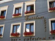 Hotel Fersig, Hotel Fullton
