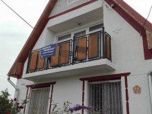 Apartament Tiszatelek, Casa de oaspeți Nefelejcs