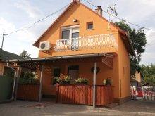 Accommodation Hajdúszoboszló, Tulipánfa Apartment