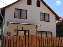 Casă de oaspeți Moldovenești, Casa Kanyaró