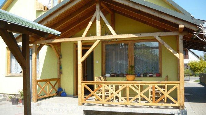 Balatoni 6-12 fős nyaralóház szép udvarral (BO-44) Balatonboglár