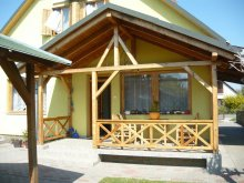 Nyaraló Hosszúhetény, Balatoni 6-12 fős nyaralóház szép udvarral (BO-44)