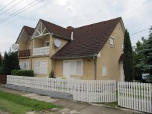 Nyaraló Csapod, Balatoni 6-7 fős nyaralóház (KE-02)