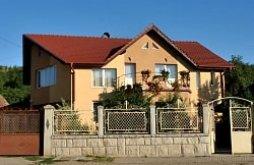Cazare Luna de Sus cu Vouchere de vacanță, Casa de Oaspeți Krimea