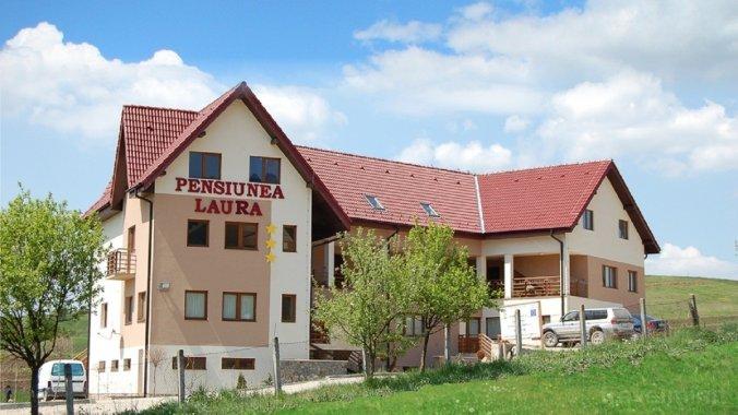 Laura Guesthouse Petreștii de Jos