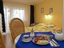 Accommodation Heves county, Siesta Guesthouse