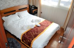 Hotel Crișan, Floating Hotel Splendid