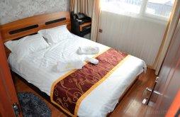Hotel Crișan, Hotel Plutitor Splendid