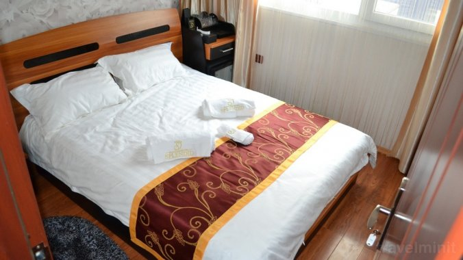 Hotel Plutitor Splendid Crișan