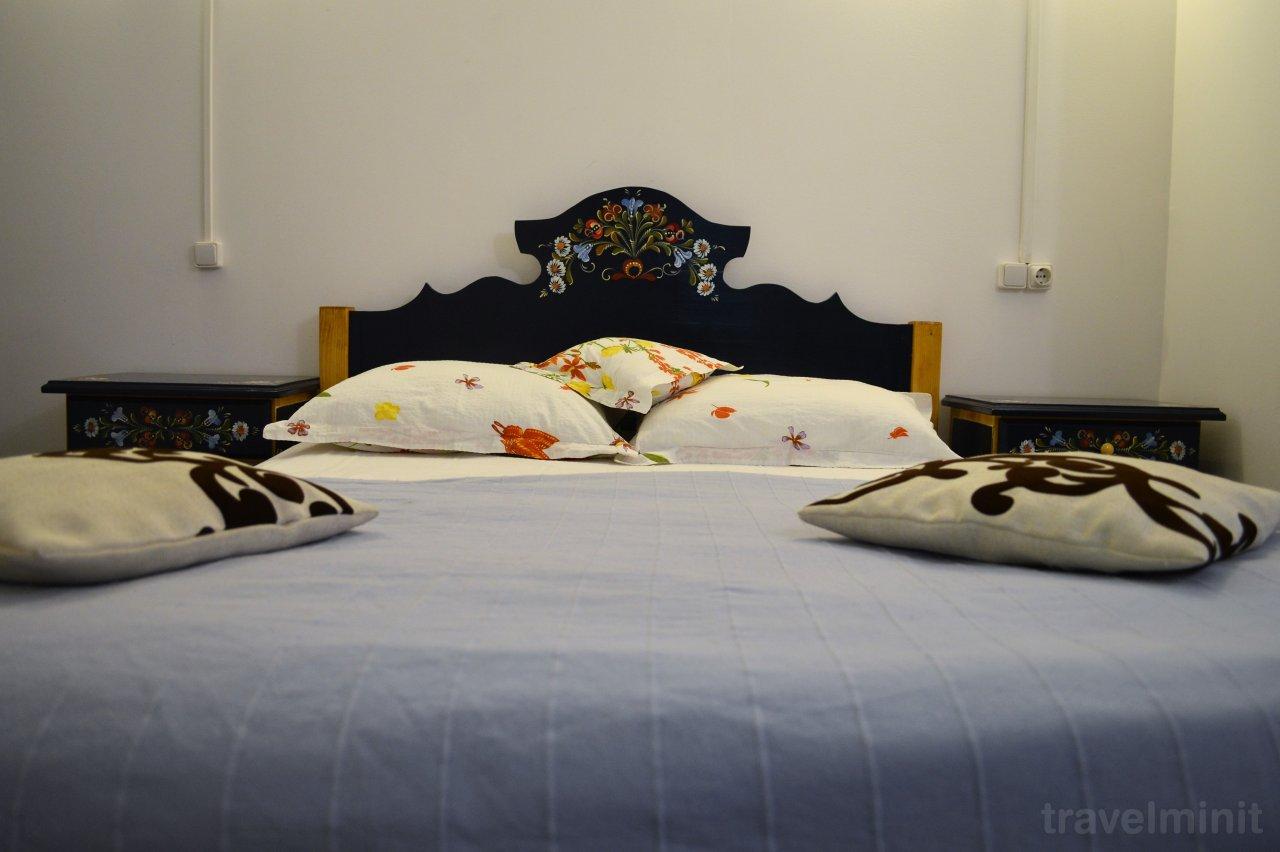 Cabana Hartagu Gura Siriului — Travelminit.ro
