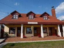 Accommodation Gyomaendrőd, Borostyán Guesthouse