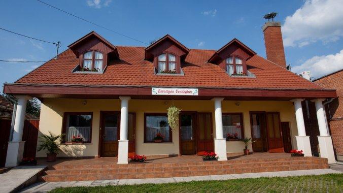 Casa de oaspeți Borostyán Gyomaendrőd