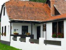 Cazare Pârâu-Cărbunări, Casa Demeter