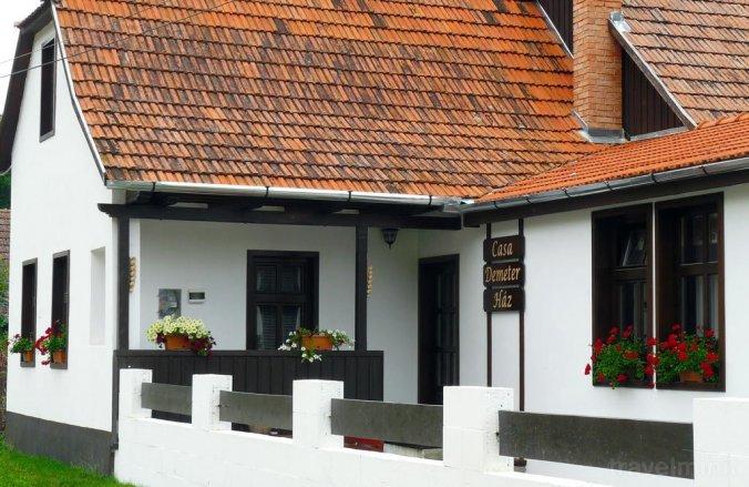 Demeter House Rimetea