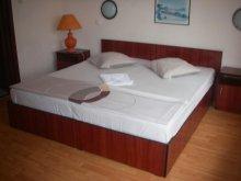 Accommodation Mărculești-Gară, Dana B&B