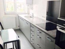 Cazare Scrind-Frăsinet, Apartament Hosting Express