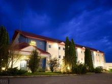 Hotel Szentlázár (Sânlazăr), Hotel Iris