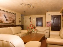 Accommodation Lunca Bradului, Hotel Krone