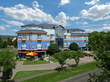 Cazare Hévíz, Hotel Kristály