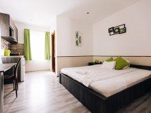 Apartament Ruzsa, Casa Vén Diófa