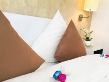 Bed & breakfast Sântimbru, Csíki Hotel