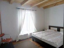 Accommodation Strâmtura, Kilián Chalet