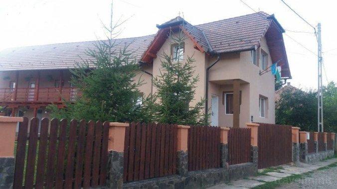 Casa de oaspeţi Zöldfenyő Bisericani