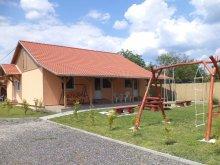 Cazare Szarvaskő, Casa de oaspeți Bükki