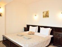 Accommodation Gura Bohotin, Belleville Hotel