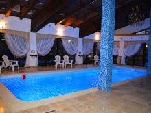 Accommodation Racovița, Hotel Emire
