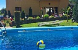 Casă de vacanță Hăuzești, Casa de Vacanță Silvia Varmaga