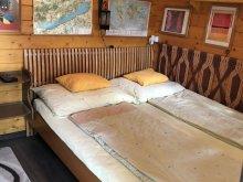 Accommodation Balatonkeresztúr, Páros Faház Vacation Home