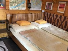 Accommodation Látrány, Páros Faház Vacation Home