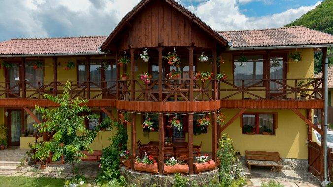 Éden Guesthouse Praid