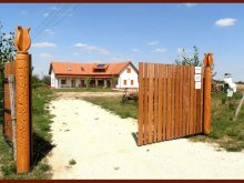 Panzió Tiszavárkony, Vadvirágos Vendégház