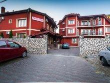 Accommodation Vinga, Tichet de vacanță, Christiana B&B