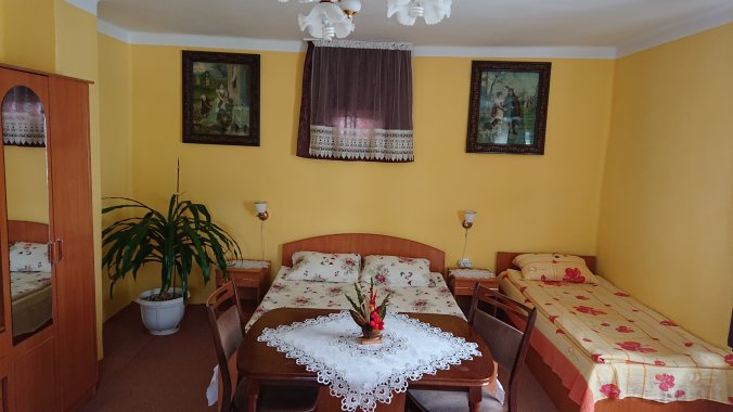 Ildikó Nagy Guesthouse Lăzarea
