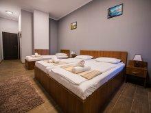 Accommodation Bordușani, Tichet de vacanță, Corner Center Hotel