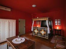 Accommodation Gura Siriului, Vörös Guestouse