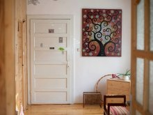 Cazare Ruginosu, The Wooden Room - Garden Studio