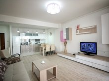 Accommodation Mamaia-Sat, Fancy Lake Apartment