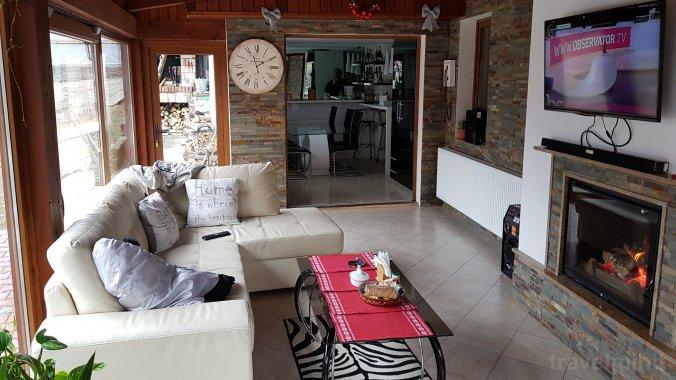 Vila Casa cu Muri Târgu Ocna