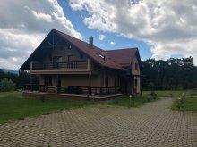 Villa Gyergyószárhegy (Lăzarea), Isuica Lux Villa