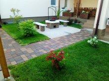 Accommodation 47.446033, 21.400371, Kurucz Guesthouse