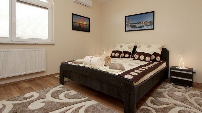Brill Apartmanház Hévíz
