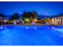 Bed & breakfast Ocnele Mari Swimming Pool, Valentina Guesthouse