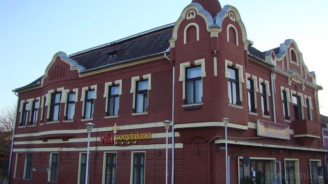 Vila Corviniana Hunedoara