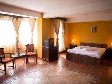 Accommodation Gura Bohotin, Lavric B&B
