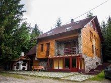 Travelminit accommodations, Tópart Chalet